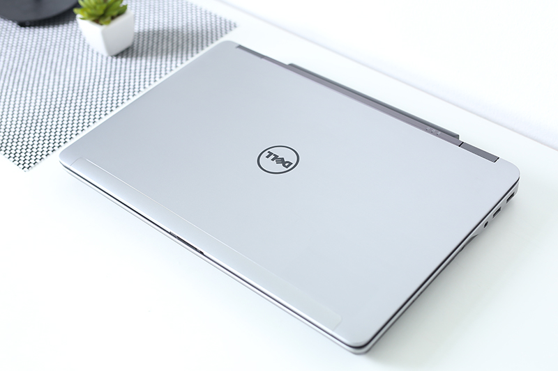 Dell latitude e6540 Core i7 4800QM Ram 8GB Ổ cứng HDD 500GB VGA ATI Radeon 8790M 15inch Full HD