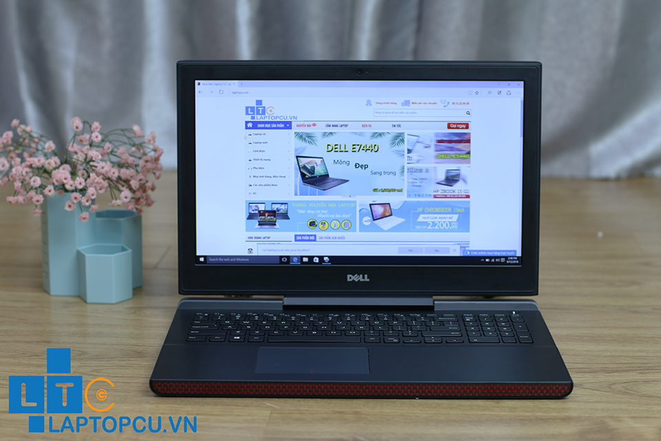 DELL INSPIRON 7466 | Core i7 - 6700HQ | Ram 8GB | Ổ cứng: SSD 256GB | Card: Nvidia GeForce GTX 960M