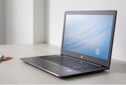 "HP ZBook  G3 I7 6700 HQ RAM 8GB SSD 256GB MÀN 15.6"" FHD"